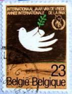 Selo da autoria de Mário Ramos desenhado para celebração de 1986, Ano internacional da Paz